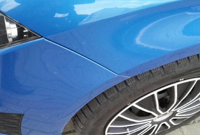 Seat Leon Bezlakierowo.pl - bzlakierowe usuwanie wgniecen w karoserii samochodowej
