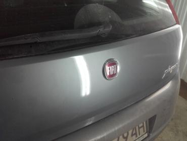 Fiat Punto Bezlakierowo.pl - bzlakierowe usuwanie wgniecen w karoserii samochodowej