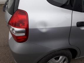 Honda Jazz Bezlakierowo.pl - bzlakierowe usuwanie wgniecen w karoserii samochodowej